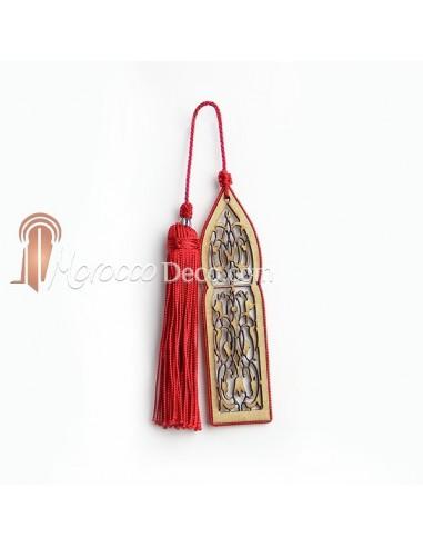 Marque page fait main porte orientale et pompon de soie rouge