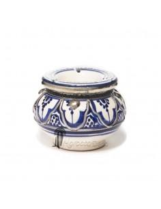 https://moroccodeco.com/cendriers/837-cendrier-marocain-fait-main-bleu-cercle-de-metal-poli-et-torsade.html