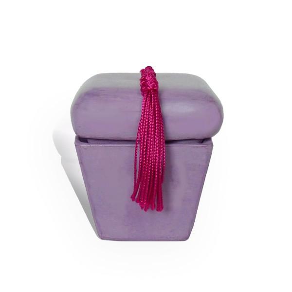 Boite hexaedre tadelakt violet et son pompon de soie