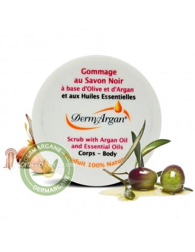 Gommage au savon noir et huiles essentielles