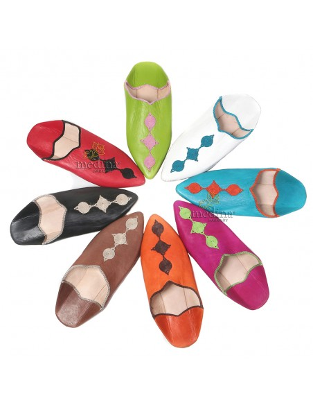 Babouche Mouna orange babouche luxe de Fez à bout pointu en cuir veritable et broderies de soie chaussons fait main