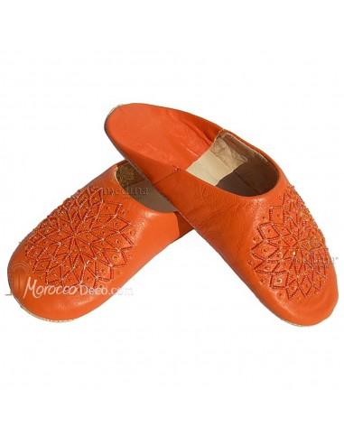 Babouche paillettes brodées, babouche Femme modele Galia orange, babouches a bout rond cousues main, chaussons en cuir véritable