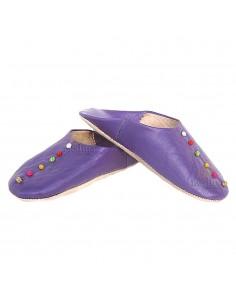 https://moroccodeco.com/babouches-femmes/498-babouche-rosa-marrakech-violet-babouches-confectionnees-et-cousues-main-chaussons-en-cuir-veritable-et-soie-de-sabra.html