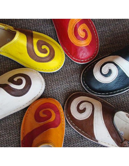 Babouche berbere design spirale Rose et Blanc_ chaussons ou pantoufles robustes et colorés au design atypique