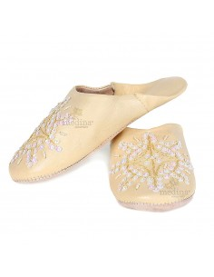https://moroccodeco.com/babouches-femmes/532-babouche-marocaine-originales-paloma-jaune.html