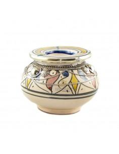https://moroccodeco.com/cendriers/827-cendrier-marocain-fait-main-rouge-bleu-et-jaune-cercle-de-metal-poli-et-torsade.html