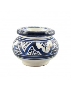 https://moroccodeco.com/cendriers/829-cendrier-marocain-fait-main-bleu-et-blanc.html