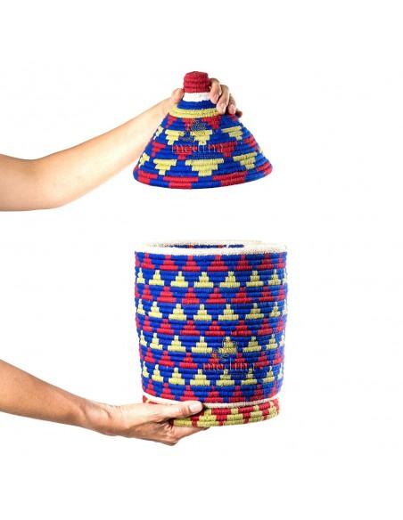 Boite vintage 7 cousue tissée au fil de laine dans les tons bleu, jaune et rouge