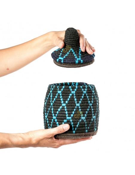 Boite vintage 11 cousue et tissée au fil de laine dans les tons noire et turquoise