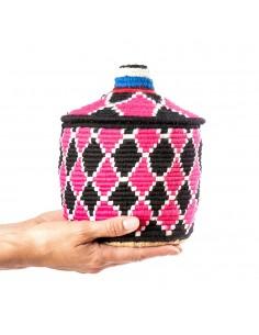https://moroccodeco.com/boite-vintage-18-cousue-et-tissee-au-fil-de-laine-dans-les-tons-noir-et-rose