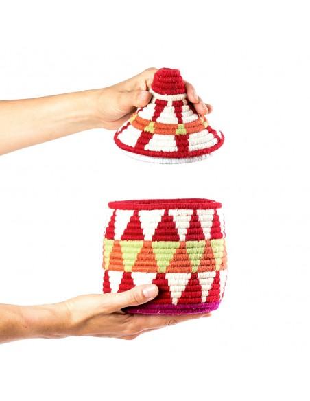 Boite vintage 25 cousue et tissée au fil de laine dans les tons rouge, orange et blanc
