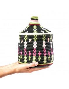https://moroccodeco.com/boites-et-coffrets-vintages/965-boite-vintage-31-cousue-et-tissee-au-fil-de-laine-dans-les-tons-noir-vert-et-rose.html