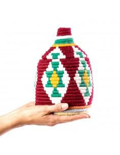 https://moroccodeco.com/boite-vintage-33-cousue-et-tissee-au-fil-de-laine-dans-les-tons-bordeaux-et-vert