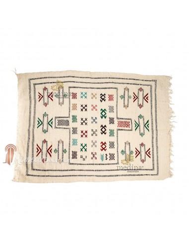 Tapis vintage fait main, tapis berbère aux motifs ethniques sur fond blanc