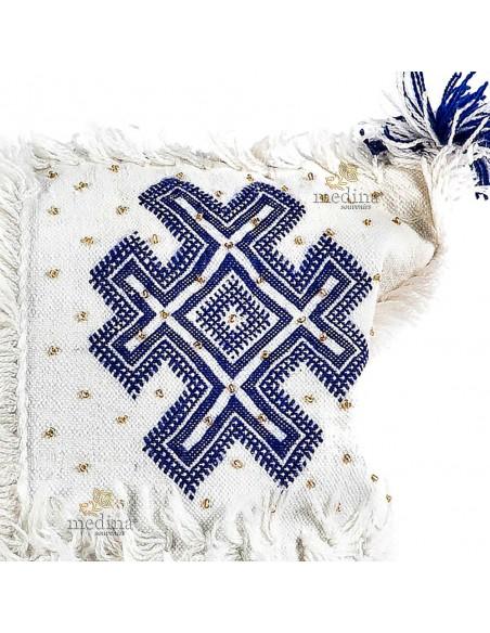 Coussin vintage berbere 100% laine vierge tissé main blanc motifs bleus avec ses pompoms de laine
