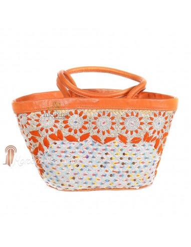 Panier en osier entièrement décoré aux Fleurs d'oranger