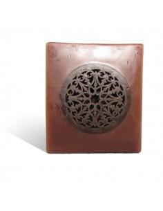 https://moroccodeco.com/photophores/338-photophore-cube-motif-rosace-en-chocolat.html