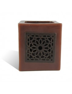 https://moroccodeco.com/photophores/348-photophore-cube-chocolat-motif-carre-mouchaibieh.html