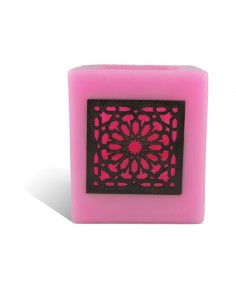 https://moroccodeco.com/photophores/351-photophore-cube-rose-motif-carre-mouchaibieh.html